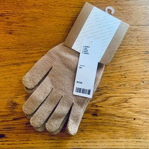 NWT Urban Outfitters Knit Touch Screen Gloves. OS